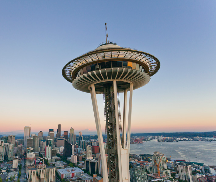 Drone Crashes Into Seattle Space Needle Dronereview